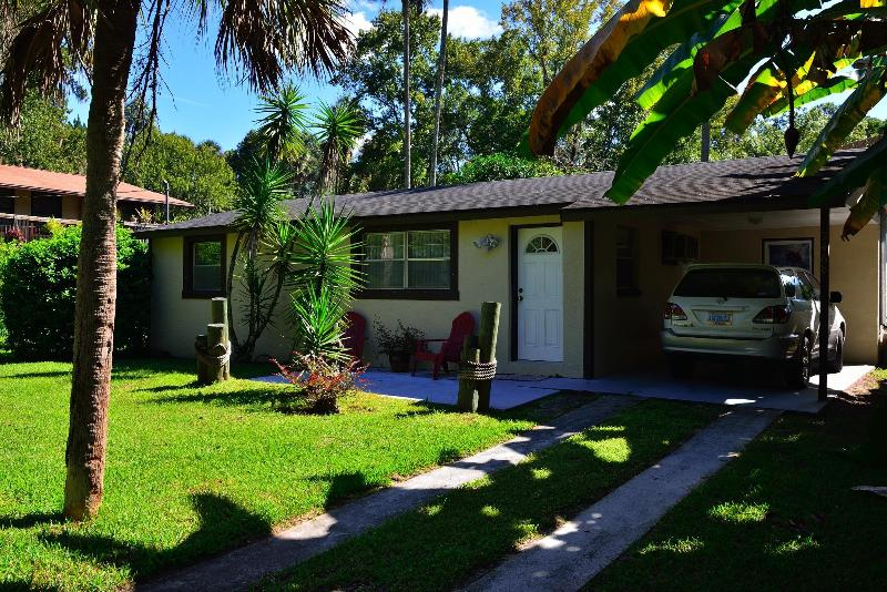 Front of home with car port - Fishbowl Unit - Homosassa - rentals