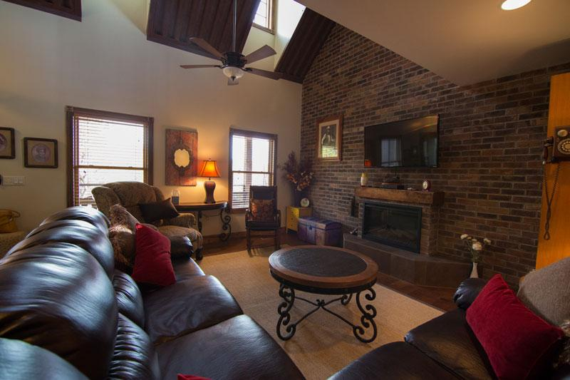 NEW - Beautiful Cabin, Great View, Family Friendly - Image 1 - Moab - rentals