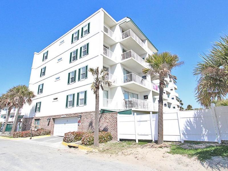 Beach House 413 - Image 1 - Tybee Island - rentals
