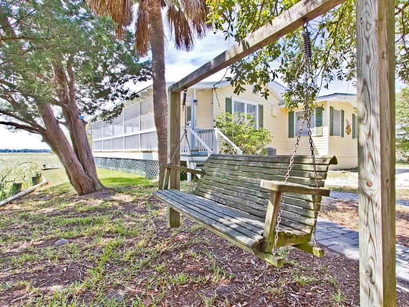 Chimney Pot Cottage - Image 1 - Tybee Island - rentals