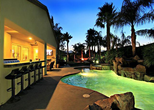 'Cambria' Pool, Spa, Firepit, Poker, Arcade Games! - Image 1 - La Quinta - rentals