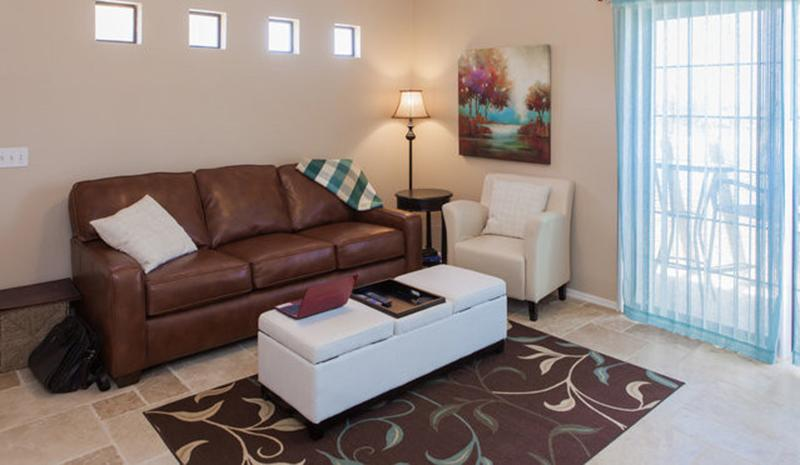 Large living room with comfortable sleeper sofa - Cozy 1BR w/ View, Heated Pool/Spa - Phoenix - rentals