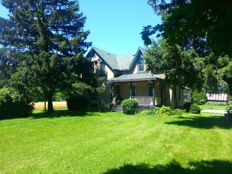 Very secuded acrage on the Nine Mile River - 4 bedroom Nine Mile House - Goderich - rentals