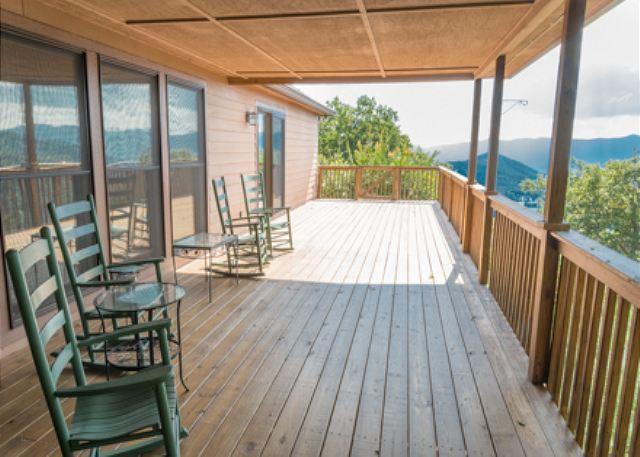 Upper Level Deck - Orchard Knob - Black Mountain - rentals