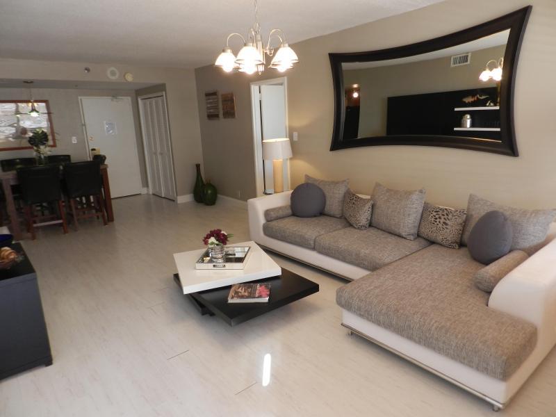Miami Beach Luxury Condo - Suite 1107 - Image 1 - Miami Beach - rentals