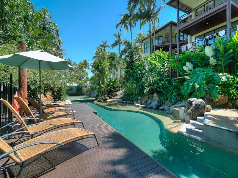 #6 The Point Apartments - Image 1 - Port Douglas - rentals