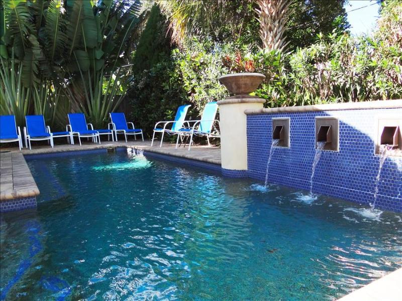 Clearwater Beach Splendor - Weekly Beach Rental - Image 1 - Clearwater Beach - rentals