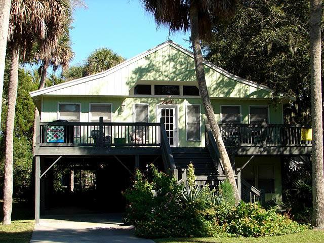"1021 Byrd St.- ""The Flamingo"" - Image 1 - Edisto Beach - rentals"