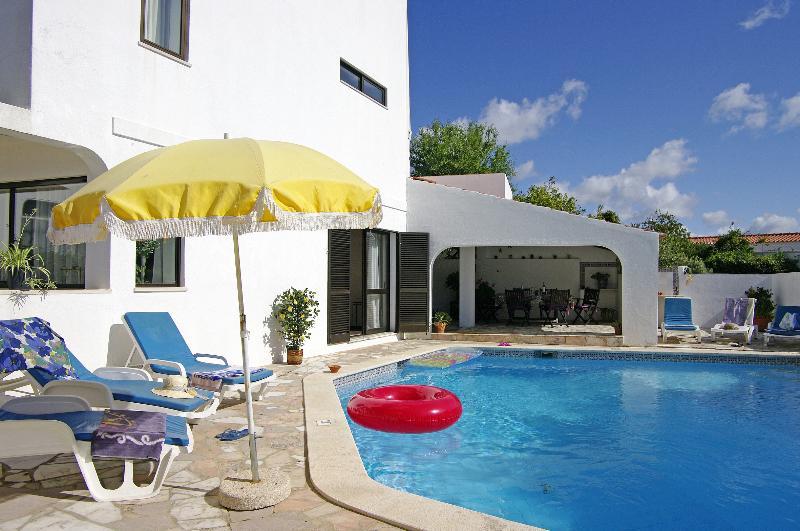 Nice villa with pool in Carvoeiro, Algarve, Portugal. - Image 1 - Carvoeiro - rentals