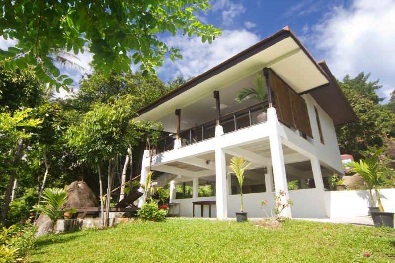 A's Green Palm Beach Cottage - Image 1 - Koh Phangan - rentals