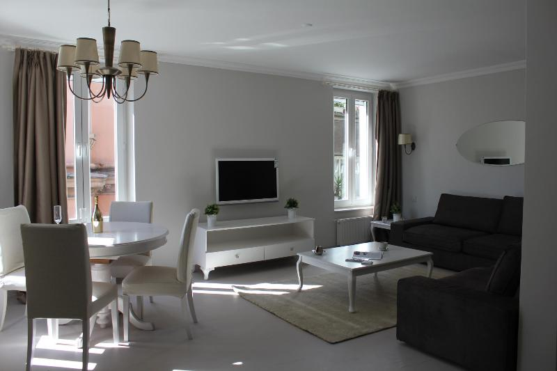 Rosso Duplex Apt 1 minute to Istiklal Street - Image 1 - Istanbul - rentals