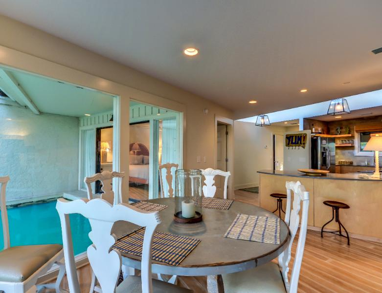 Escape to our two bedroom two bath marsh view villa - Image 1 - Amelia Island - rentals