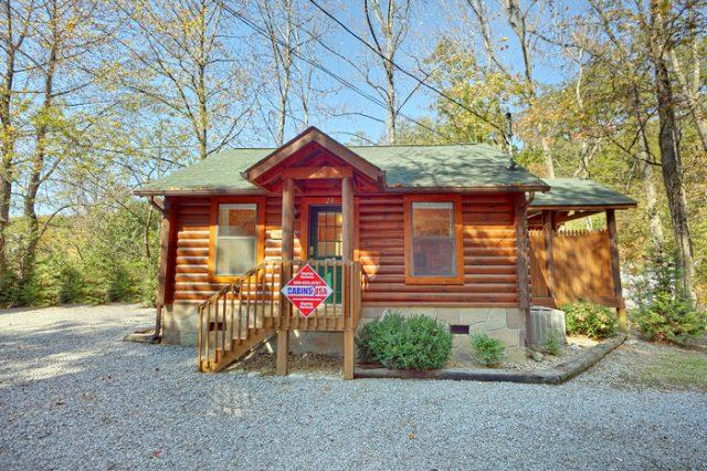 Featured Property Photo - A Romantic Retreat - Pigeon Forge - rentals