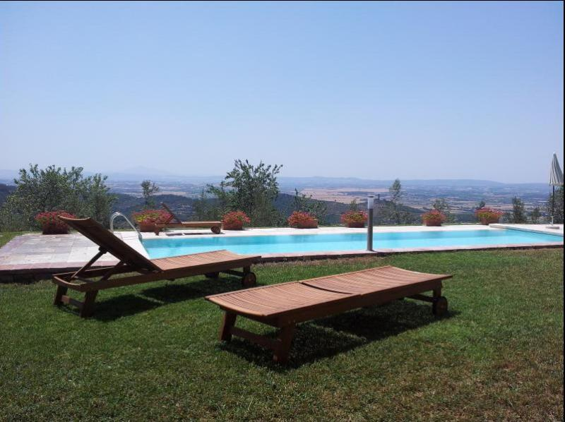 Villa with Panoramic View in Tuscany - Image 1 - Castiglion Fiorentino - rentals
