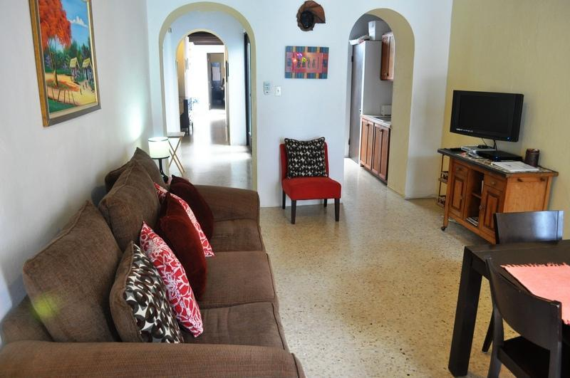 CHARMING HOUSE w/hammocks in HISTORIC CITY - Image 1 - San Juan - rentals