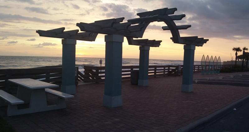 Beach Park @ Top of Street - Beach Side Cozy Cottage! - Ormond Beach - rentals
