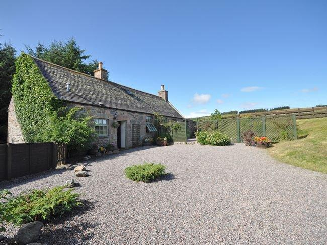 View towards the property - OLDSM - Tomintoul - rentals