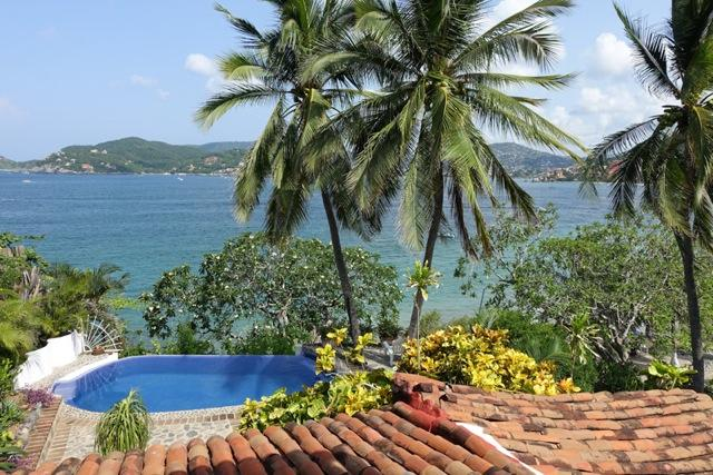 Our view of Zihuatanejo  Bay - Romantic Villa on Zihuatanejo Bay *Seasonal Rates - Zihuatanejo - rentals
