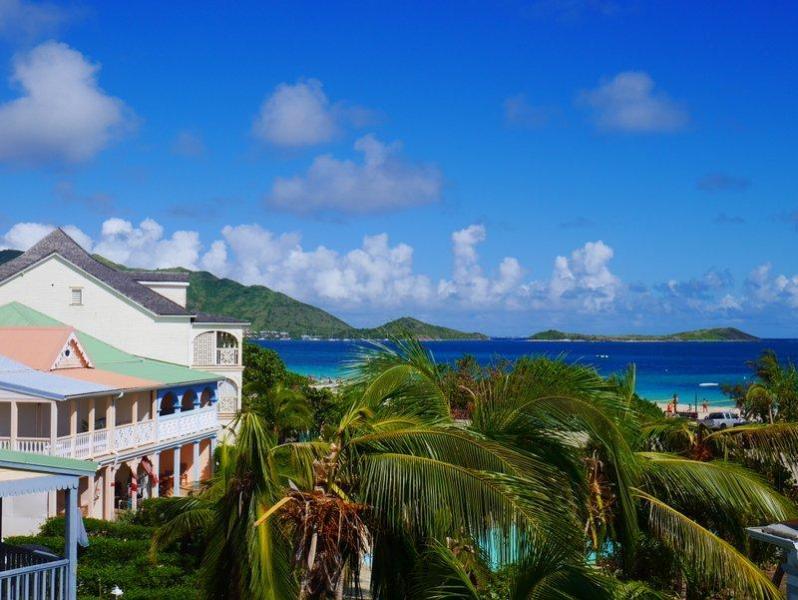 "Côté Rêve, sea view from the bedroom - ""Côté Rêve"" romantic duplex sea view -Orient Beach - Orient Bay - rentals"