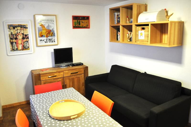 Torgnon, Cosy apart with stunning view over Alps! - Image 1 - Torgnon - rentals