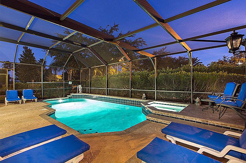 Night time pool & spa picture - Stunning 6 Bed Pool Home Close to Disney Parks. - Orlando - rentals
