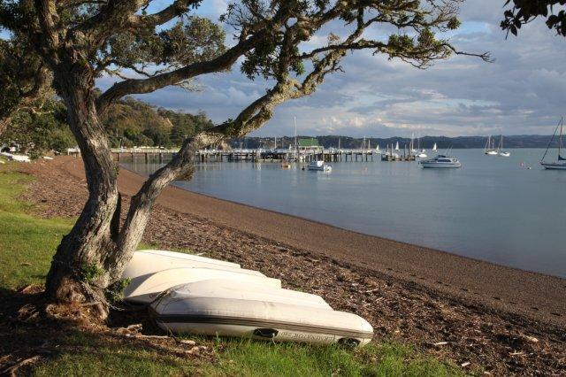 The beach - A Place in the Sun in Romantic Russell, We love it - Russell - rentals