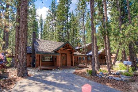Classic cabin, accessible to summer and winter fun - CYH0840 - Image 1 - South Lake Tahoe - rentals