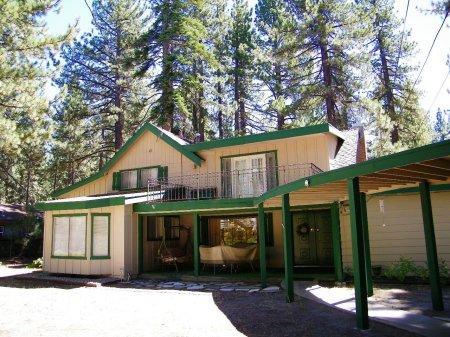 South Lake Tahoe 5 BR-2 BA House - CYH1416 - Image 1 - South Lake Tahoe - rentals