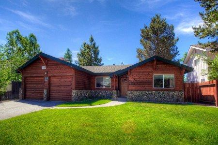 Classic ranch style home for the tranquil traveler -TKH0886 - Image 1 - South Lake Tahoe - rentals