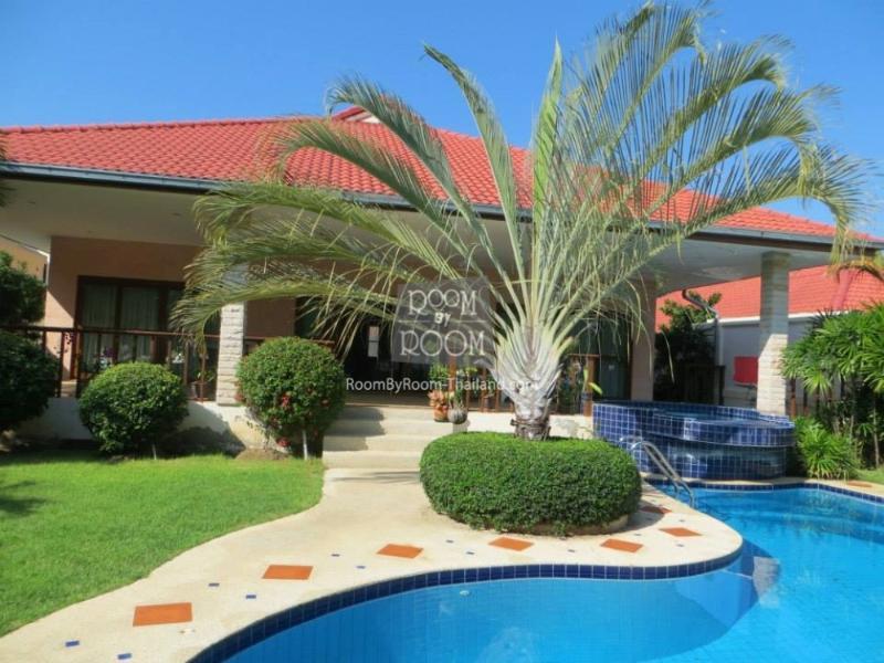 Villas for rent in Hua Hin: V5239 - Image 1 - Hua Hin - rentals