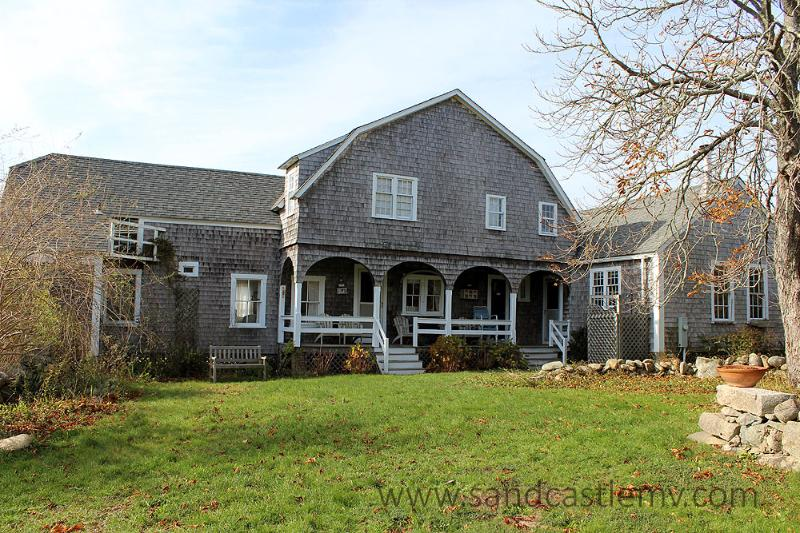 790 - CLASSIC WATERFRONT VINEYARD HOME ON 40 ACRES - Image 1 - Edgartown - rentals
