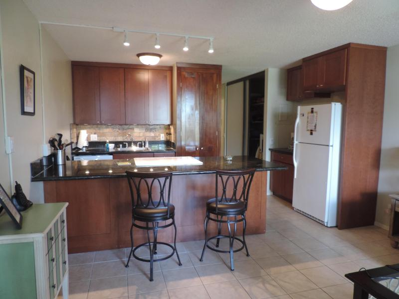 New, updated kitchen - Maui Vista* South Kihei *  WiFi* Pool*BEACH - Kihei - rentals