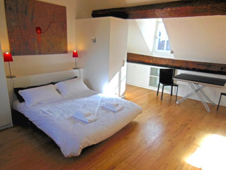 Historic Saint Germain Vacation Rental at Rue Seguier - Image 1 - Paris - rentals