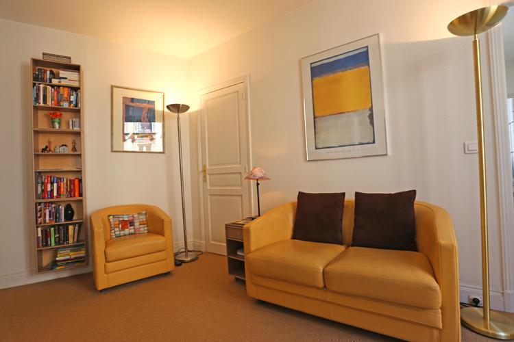 Two bedroom Marais apartment on foodie street near Pompidou Center - Image 1 - Paris - rentals