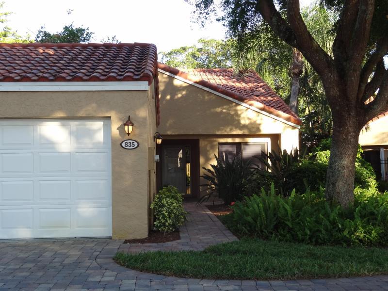 Exterior of villa - Vanderbilt Beach Villa at Beachwalk - Naples - rentals