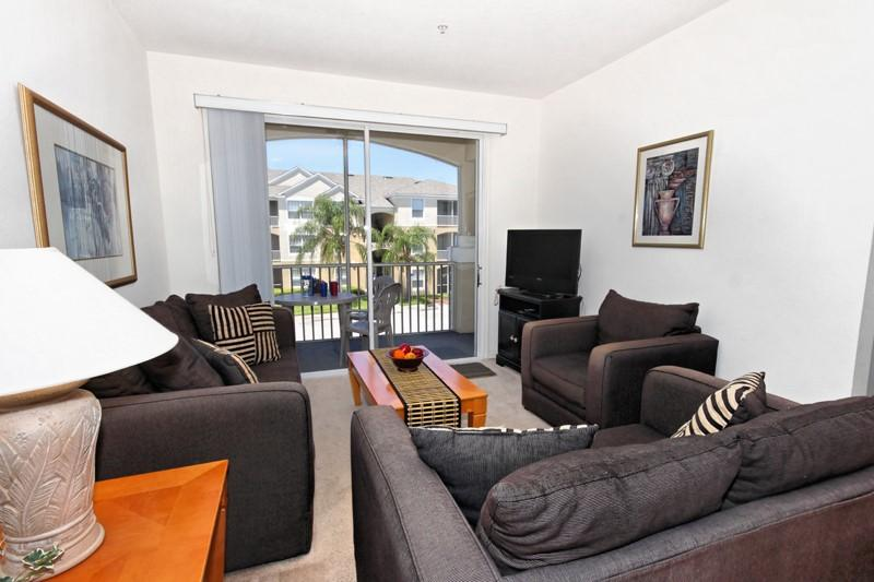 Lounge Area - Cyprus Palms - Windsor Palms Resort - Stunning Condo Free WiFi and 5* Resort Amenities - Cyprus Palms - Windsor Palms - Stunning Condo - Kissimmee - rentals