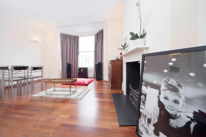2BR - Chelsea/West Kensington - GA02 - Image 1 - London - rentals