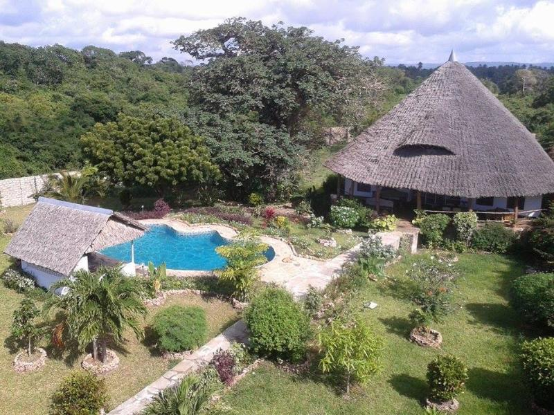 View from the watertower - 2 bedroom house close to beach and golf (500-700m) - Diani - rentals