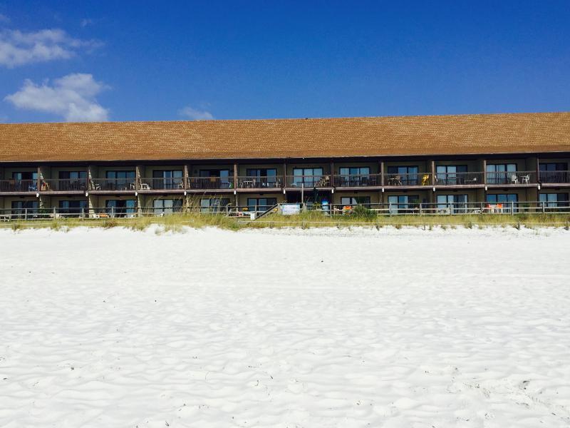 Polynesian 105 Walk Out 2 Beach Ground Floor No Elevators - Image 1 - Panama City Beach - rentals