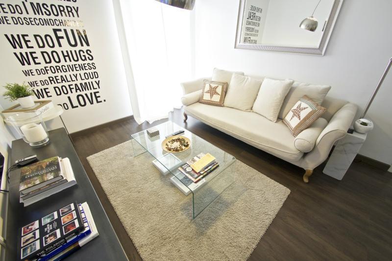 Living Room - White Flat G54 - Barcelona - rentals