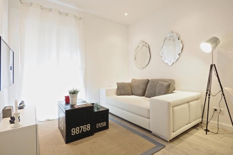 Living Room - White Flat G33 - Barcelona - rentals
