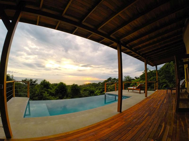 Beautiful Infiniti Pool with panaramic views - Luxury Villa w/ Breathtaking Views & Infinity Pool - Santa Teresa - rentals