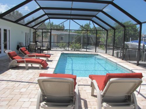 Pool 1 - LEAPING LIZARD - Bradenton - rentals