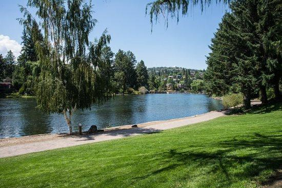 Bend Downtown Condo. Peaceful and Beautiful - Bend Downtown Condo, Peaceful, Along the River, Sleeps 4 - Bend - rentals