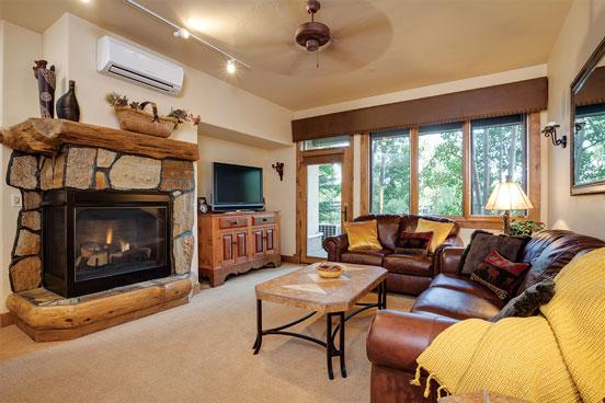 Champagne Lodge Living Room - 3105 - 3105 Champagne Lodge,Trappeurs - Steamboat Springs - rentals