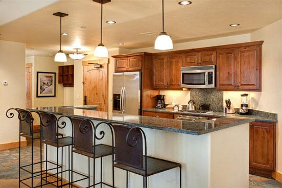 Kitchen - Bear Lodge 6102 - 6102 Bear Lodge, Trappeurs - Steamboat Springs - rentals