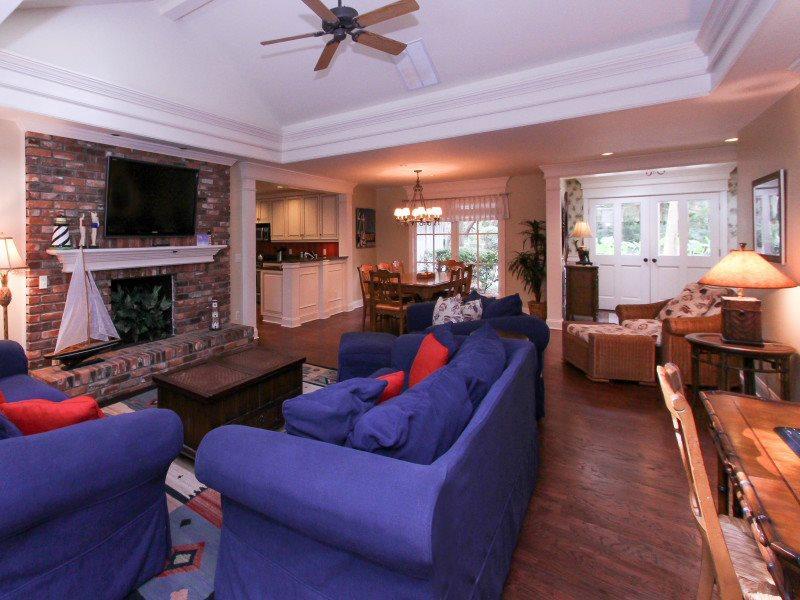 Living Room with Flat Screen at 24 Baynard Cove - 24 Baynard Cove Road - Sea Pines - rentals