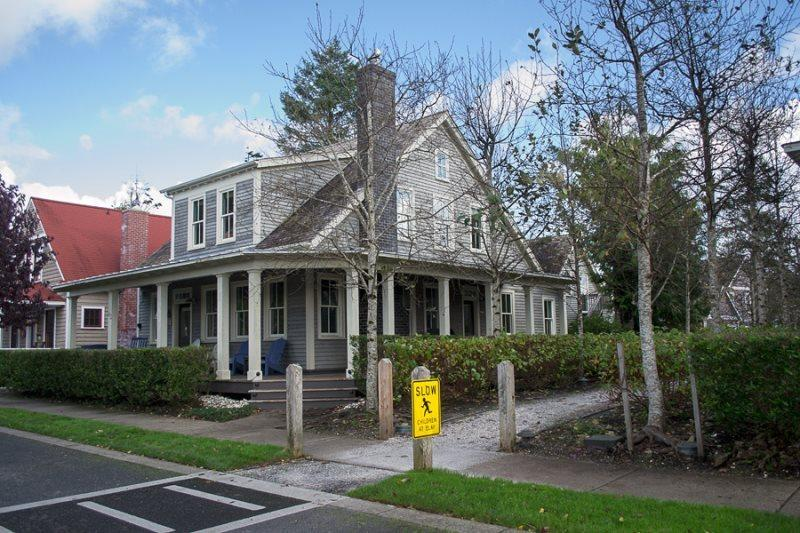Central Park w/ Carriage House - Image 1 - Pacific Beach - rentals