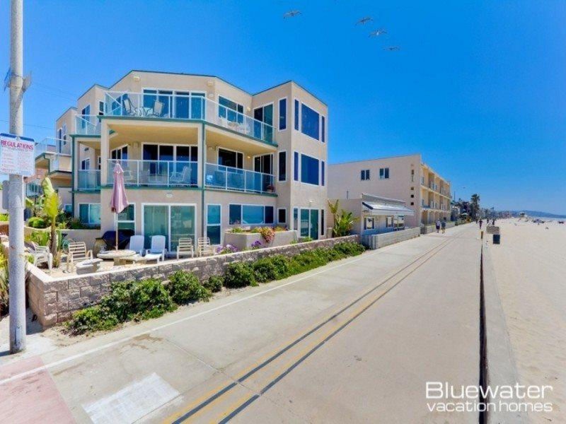 Rockaway Ocean Front II - 4 Bedroom Luxury Mission Beach Vacation Rental - Image 1 - Pacific Beach - rentals