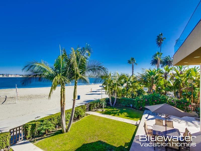 Bay View Your Balcony - 2 Bedroom Luxury Villa on Mission Bay - Pacific Beach - rentals